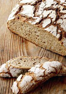 Brot backen in Perfektion mit Sauerteig zeigt dir wie du leckere Brot backen kannst