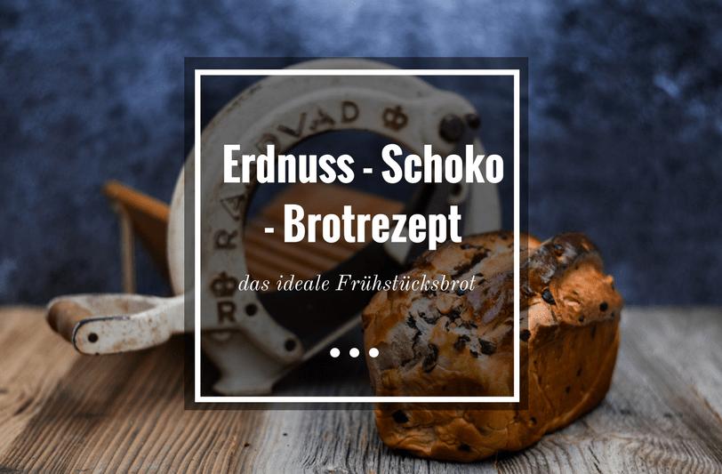 Erdnuss-Schoko-Brot vor rustikaler Brotschneidemaschine
