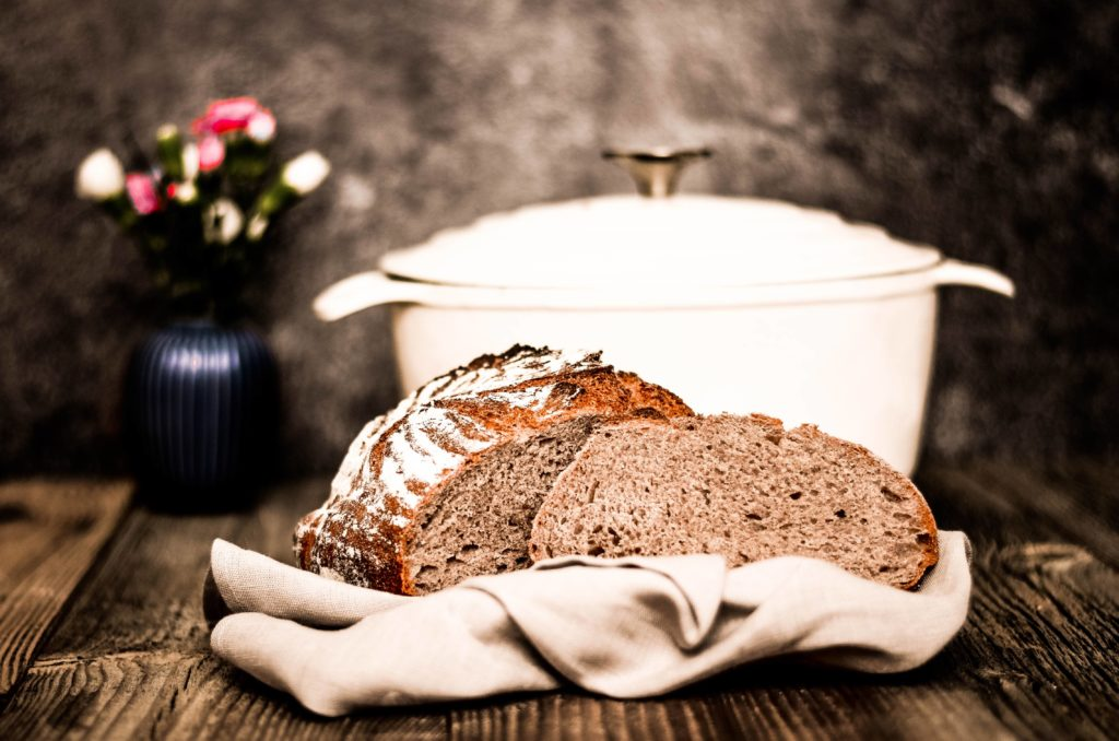 Dies leckere Dinkelvollkornbrot backen wir in Lektion 2